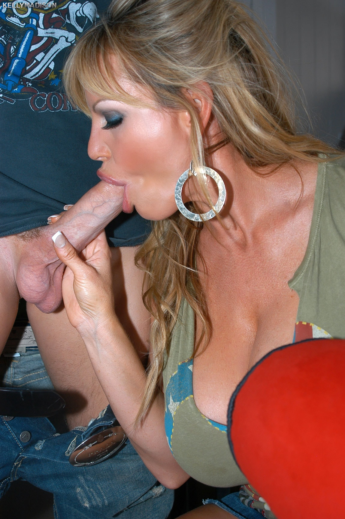 Kelly madison has a big cock blowjob fetish